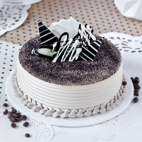 Classic Italian Tiramisu Cake