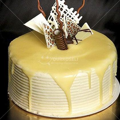 White-Chocolate-Cake
