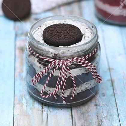 Oreo-Jar-Cake