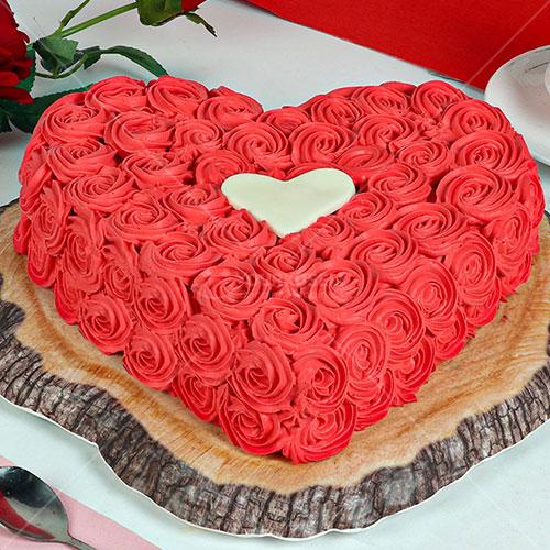 Red-Velvet-Floral-Cake