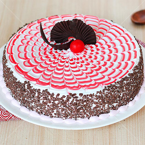 Strawberry Cakes in Nepal